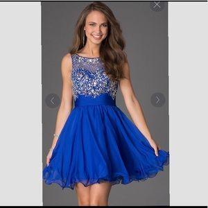 d08a6b3cd400 PromGirl. Short Sleeveless Beaded Scoop-Neck Party Dress